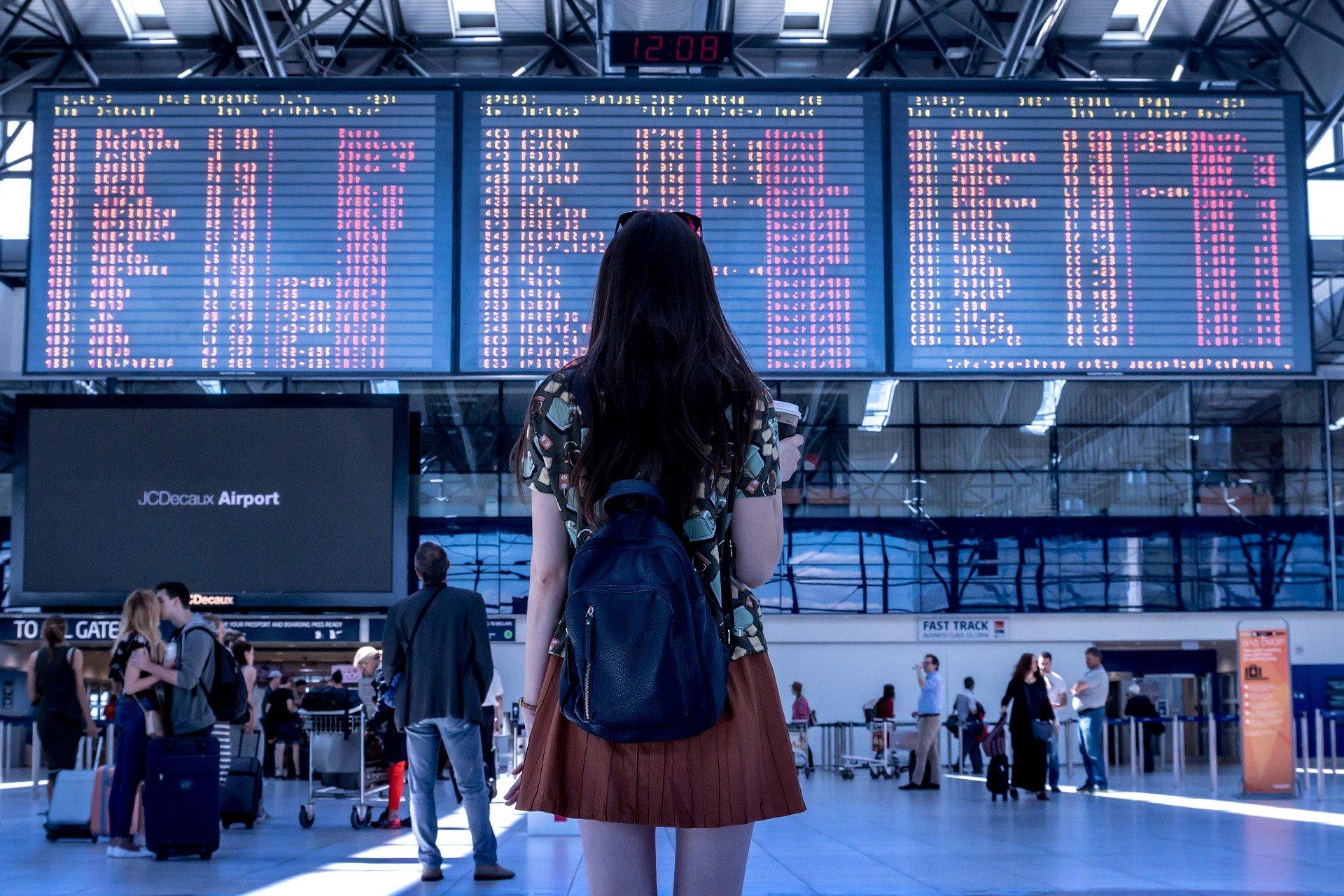 girl departure boards